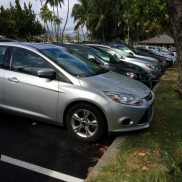 駐車場いっぱい